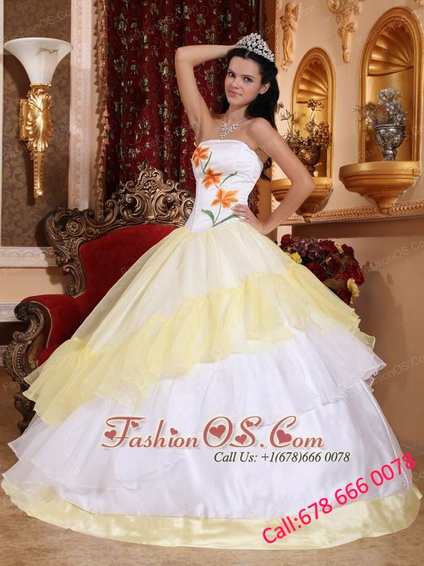 Romantic Light Yellow and White Quinceanera Dress Strapless Organza Embroidery Ball Gown