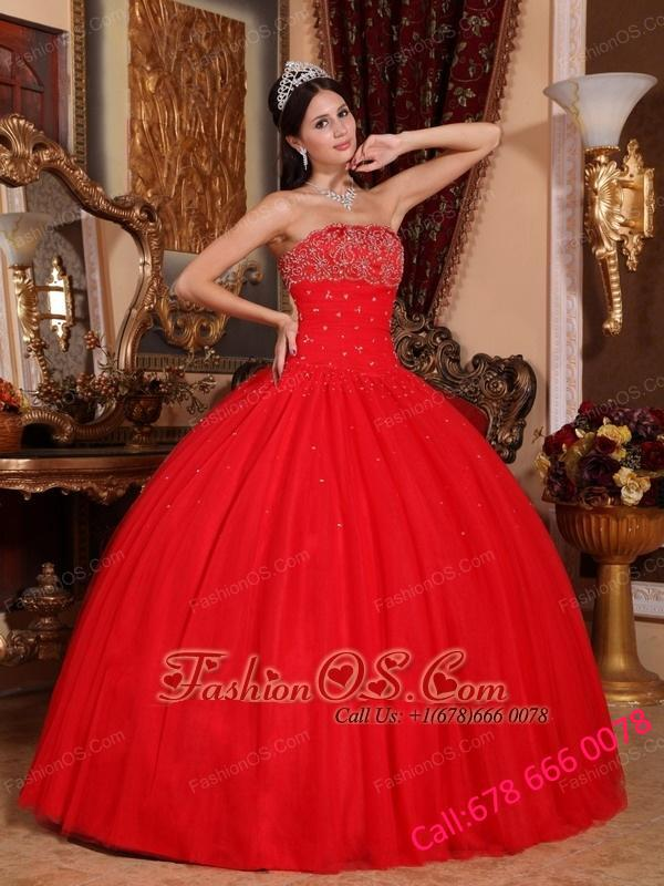 Romantic Red Quinceanera Dress Strapless Tulle Beading Ball Gown
