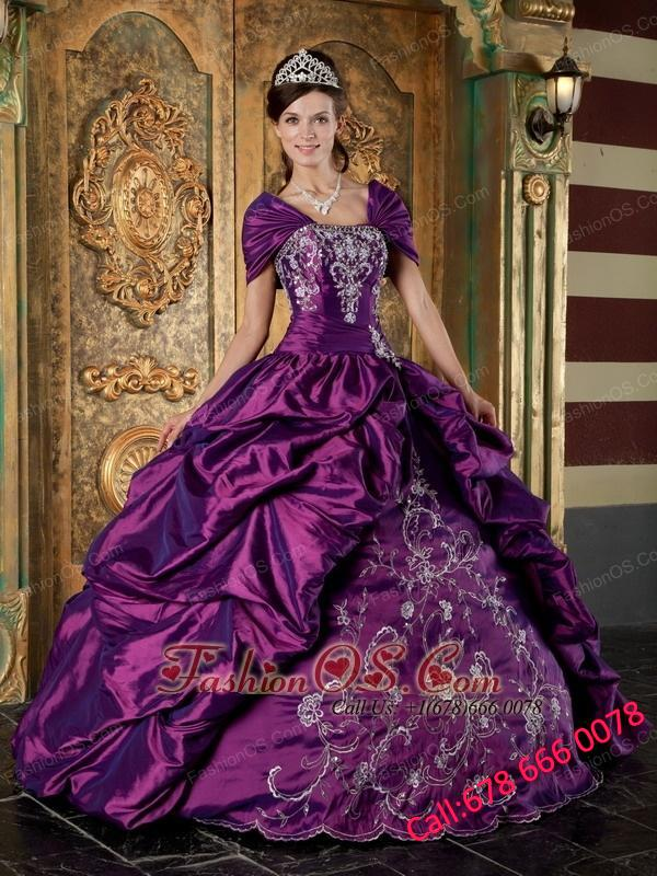 The Super Hot Purple Quinceanera Dress Strapless Taffeta Embroidery Ball Gown