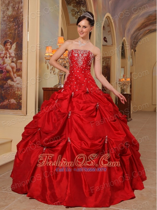 Affordable Red Quinceanera Dress Strapless Taffeta Beading and Embroidery Ball Gown