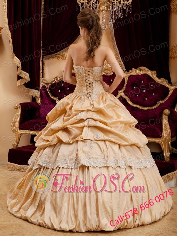 Beautiful Champagne Quinceanera Dress StraplessTaffeta Appliques  Ball Gown