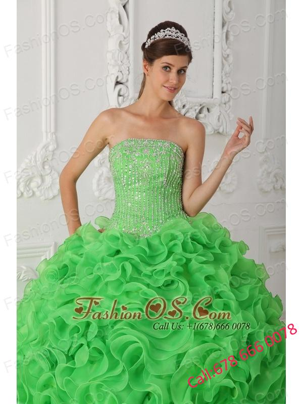Beautiful Green Quinceanera Dress Strapless Organza Beading Ball Gown