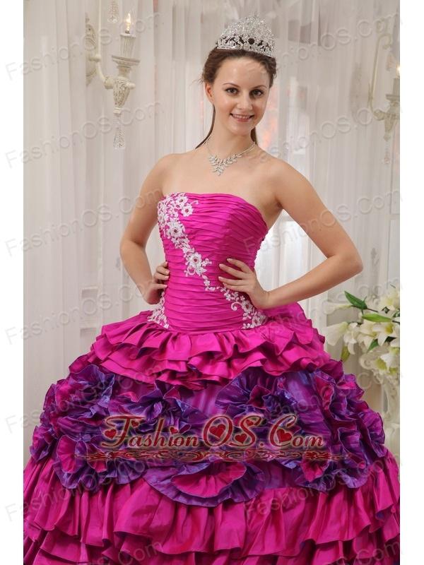 Cheap Fuchsia Quinceanera Dress Straplesas Taffeta Appliques and Ruch Ball Gown
