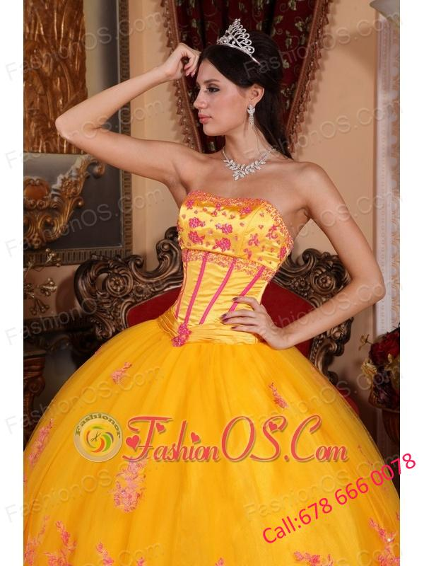 Classical Yellow Quinceanera Dress Strapless Organza Lace Appliques Ball Gown