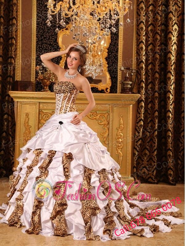 Gorgeous White Quinceanera Dress Strapless Brush Train Taffeta and Zebra Ball Gown