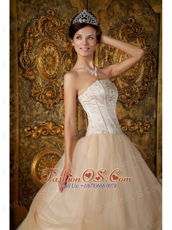 Informal Champagne Quinceanera Dress Strapless Appliques Tulle Ball Gown