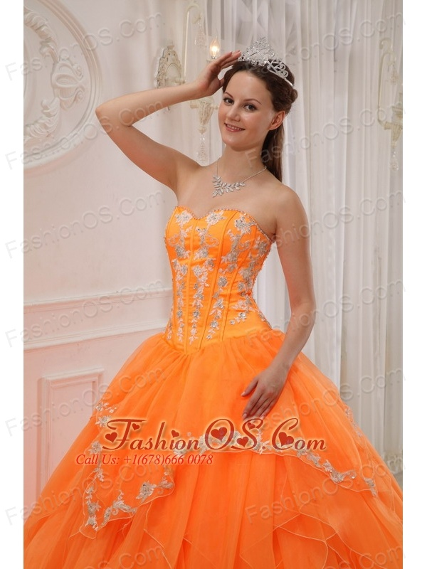 Luxurious Orange Quinceanera Dress Sweetheart Organza Appliques Ball Gown