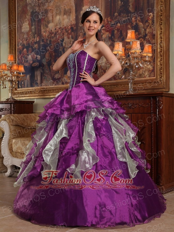 Modern Purple Quinceanera Dress Sweetheart Organza Beading Ball Gown