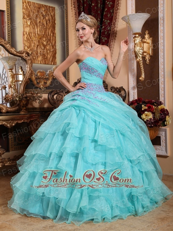 Popular Apple Green Quinceanera Dress Sweetheart Organza Appliques and Ruch Ball Gown