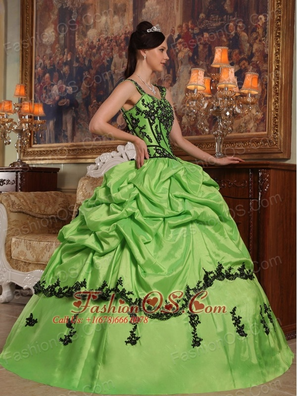 Popular Light Green Quinceanera Dress Straps Appliques Taffeta Ball Gown