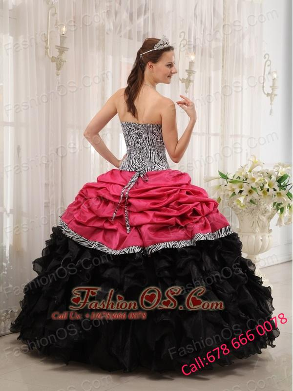 Pretty Brand New Pink and Black Quinceanera Dress Sweetheart Ball Gown