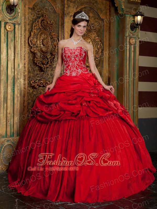 Wonderful Red Quinceanera Dress Sweetheart Taffeta Beading and Appliques Ball Gown