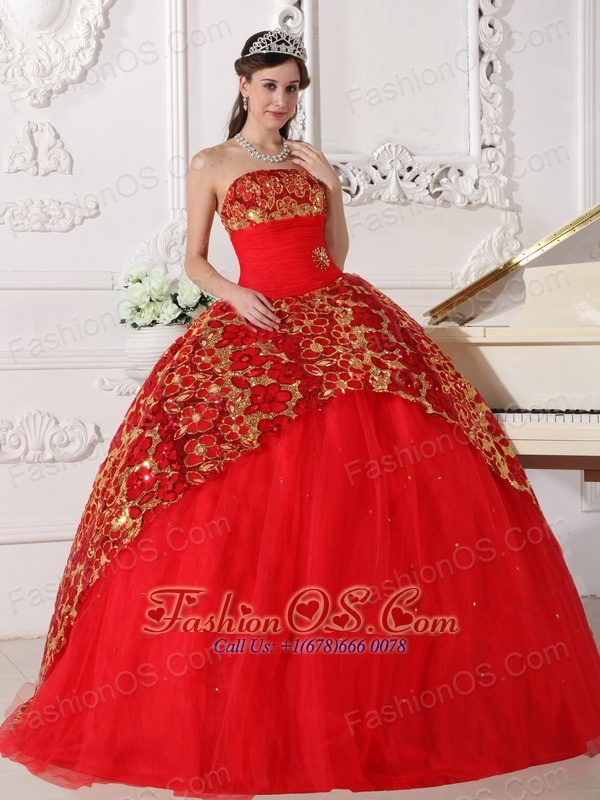 Beautiful Red Quinceanera Dress Strapless Tulle Beading and Ruch ...