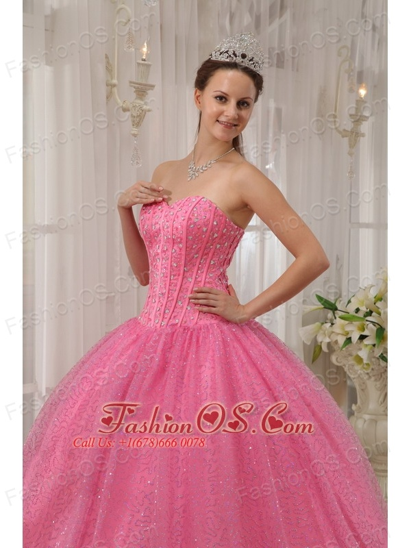 Classical Pink Quinceanera Dress Sweetheart Beading Ball Gown