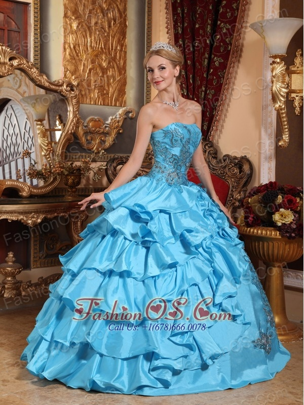 Gorgeous Aqua Blue Quinceanera Dress Strapless Taffeta Appliques Ball Gown