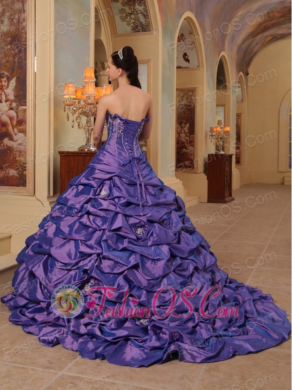 Gorgeous Purple Quinceanera Dress Strapless Court Train Pick-ups Taffeta Ball Gown