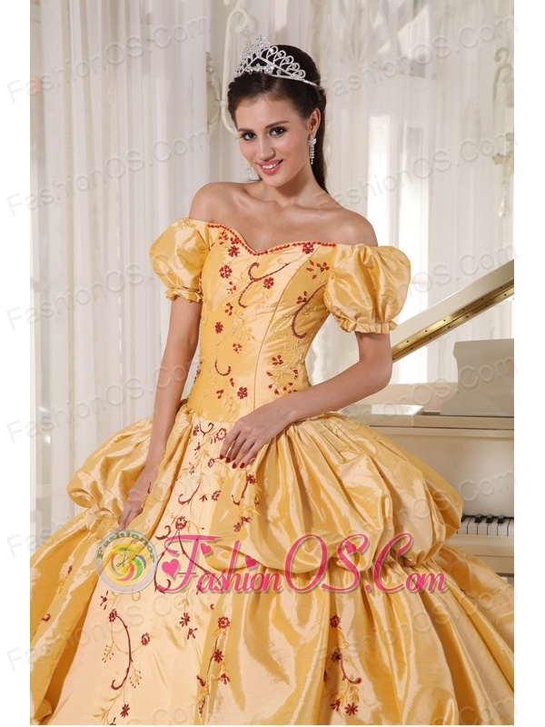 Popular Gold Quinceanera Dress Off The Shoulder Taffeta Embroidery Ball Gown