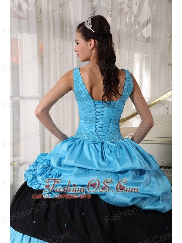 Pretty Light Blue and Black Quinceanera Dress V-neck Taffeta Beading Ball Gown