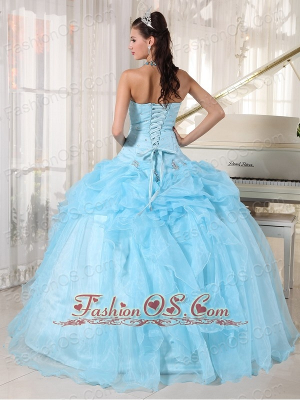 Wonderful Baby Blue Quinceanera Dress Strapless Organza Beading Ball Gown
