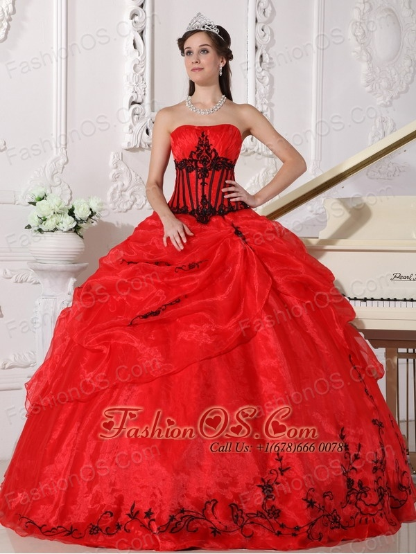132a8394e68 Beautiful Red and Black Quinceanera Dress Strapless Floor-length Organza  Appliques Ball Gown