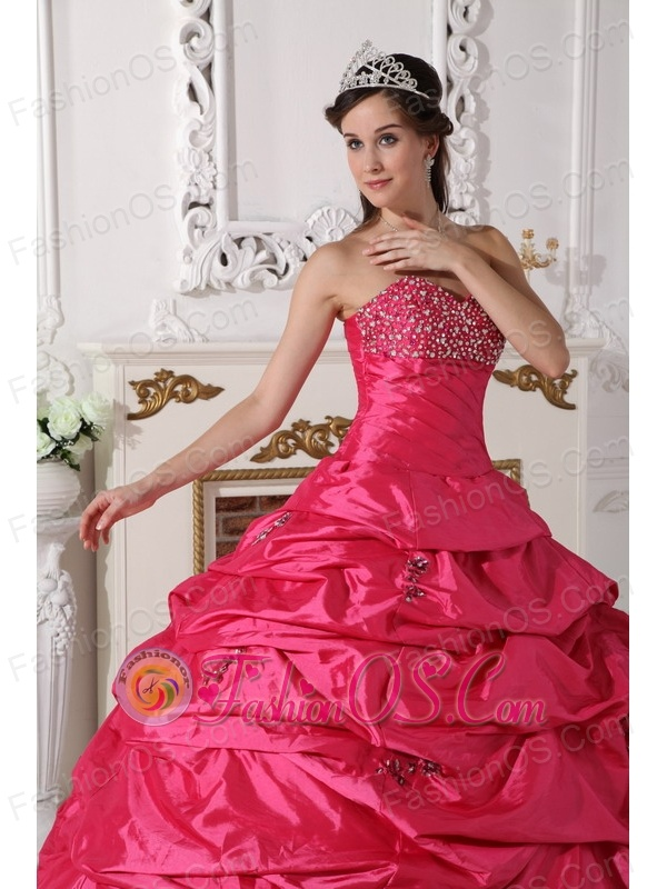 Discount Hot Pink Quinceanera Dress Sweetheart Taffeta Beading Ball Gown