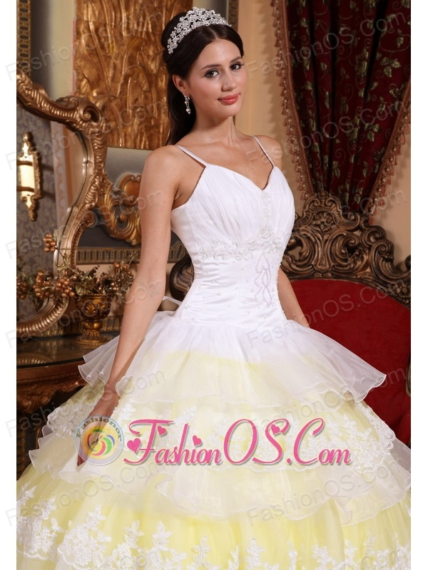 Gorgeous Yellow and White Quinceanera Dress Spaghetti Straps Organza Lace Appliques Ball Gown