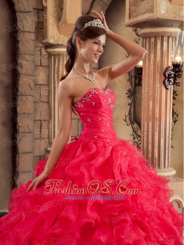 Low Price Red Sweet 16 Dress Sweetheart Organza Ruffles Ball Gown