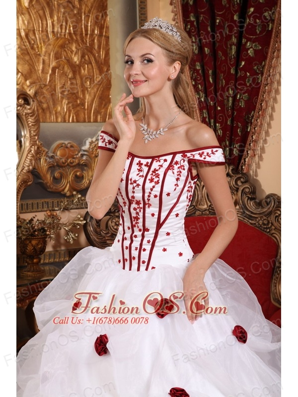 Low Price White Sweet 16 Dress Off The Shoulder Taffeta and Organza Embroidery Ball Gown