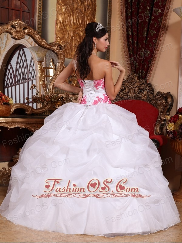 Popular White Quinceanera Dress Sweetheart Organza Appliques Ball Gown