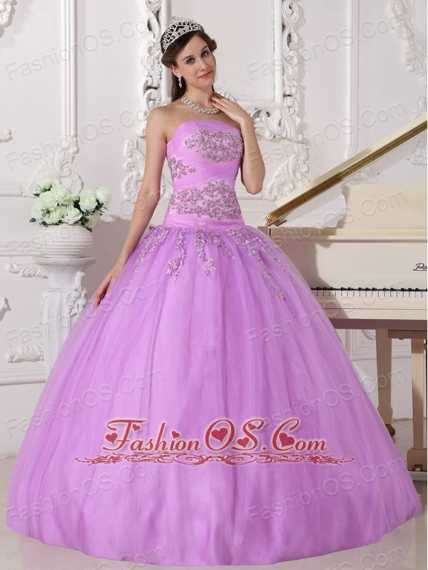 Pretty Lavender Quinceanera Dress Strapless Taffeta and Tulle Beading Ball Gown