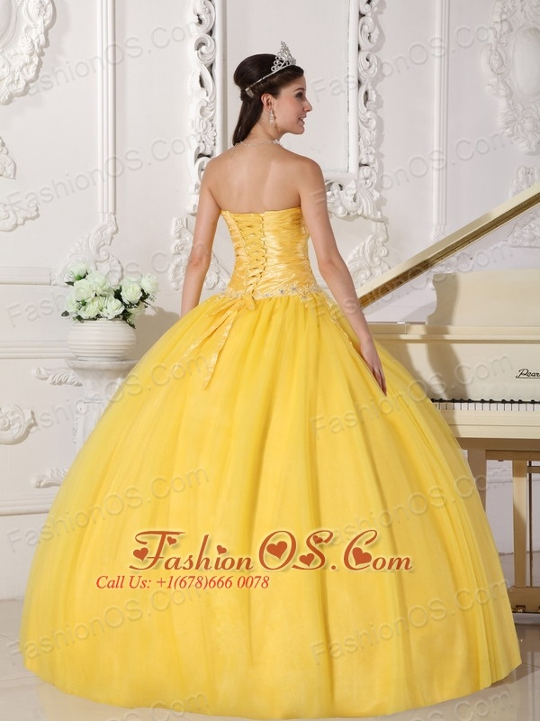 Romantic Yellow Quinceanera Dress Strapless Taffeta and Tulle Appliques Ball Gown