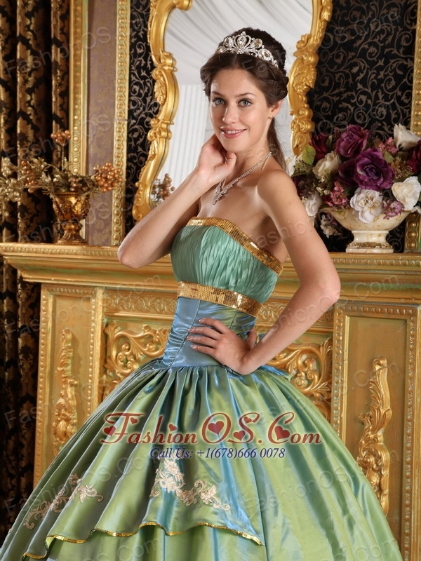 Discount Lime Green Quinceanera Dress Strapless Taffeta and Organza Appliques Ball Gown