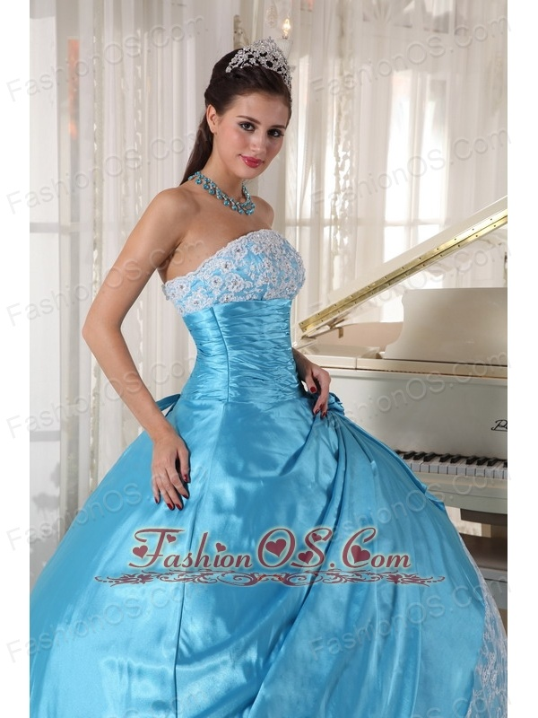 Sweet Aqua Blue Quinceanera Dress Strapless Taffeta Lace Ball Gown