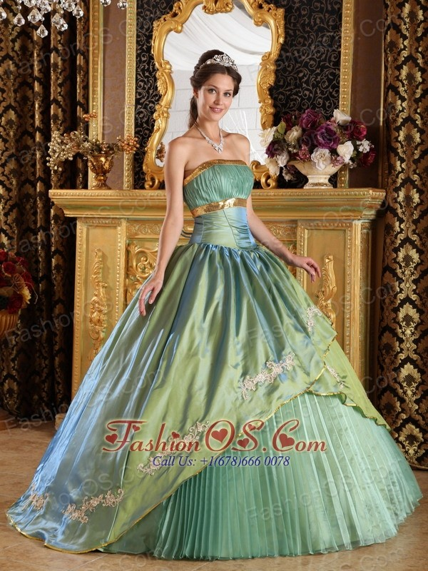 Discount Lemon Green Quinceanera Dress Strapless   Taffeta and Organza Appliques Ball Gown