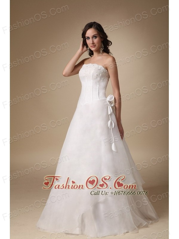 Simple A-line Strapless Floor-length Satin and Organza Appliques Wedding Dress