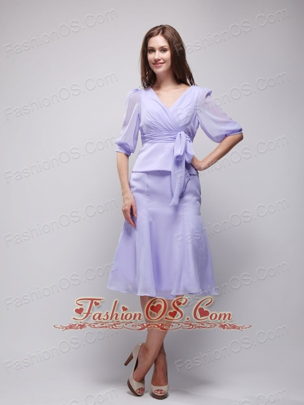 Lilac V-neck Knee-length Chiffon Mother of the Bride Dress- $118.09
