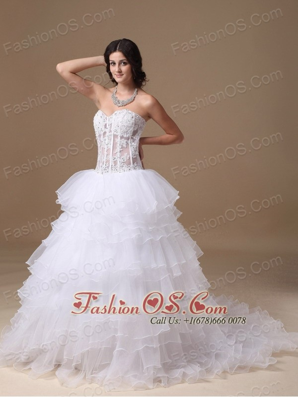Popular A-line Sweetheart Court Train Organza Appliques Wedding Dress