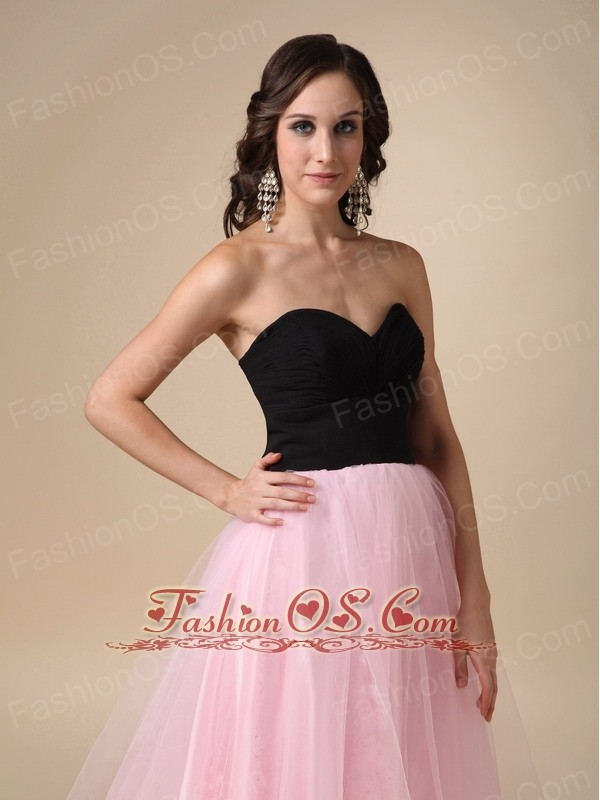 Black and Pink A-line Sweetheart Floor-length Taffeta and Tulle Ruch Prom / Pegant Dress