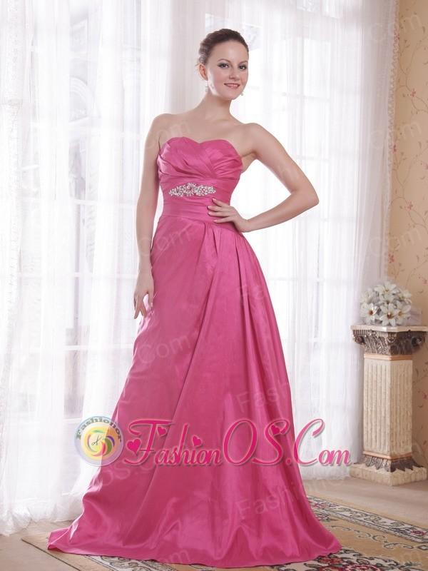 Rose Pink A-Line / Princess Sweetheart Court Train Taffeta Beading Prom Dress