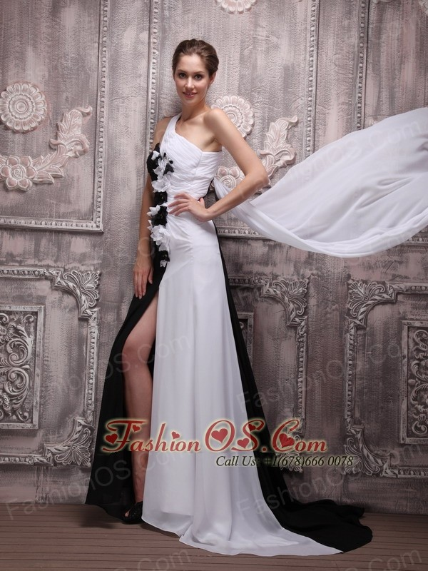 White and Black Empire One Shoulder Watteau Train Chiffon Handle ...