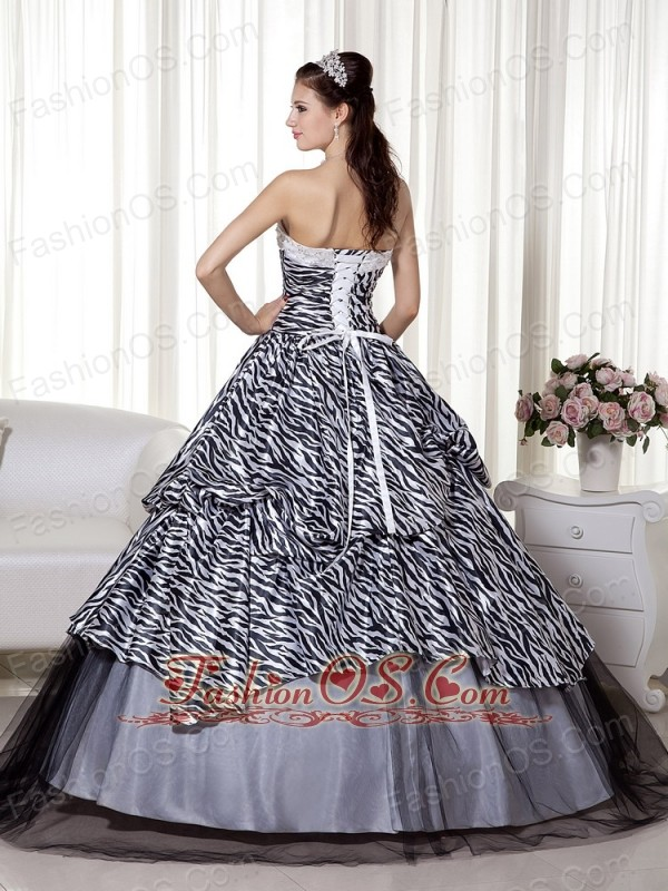 Luxurious A-line / Princess Sweetheart Floor-length Zebra and Organza Beading and Ruch Quinceanera Dress