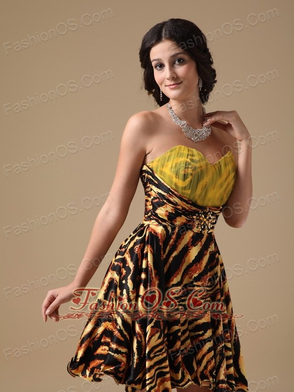 Multi-color A-line Sweetheart Mini-length Leopard Beading Prom Dress