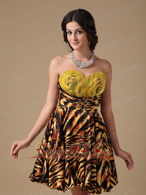 Multi-color A-line Sweetheart Mini-length Leopard Beading Prom Dress
