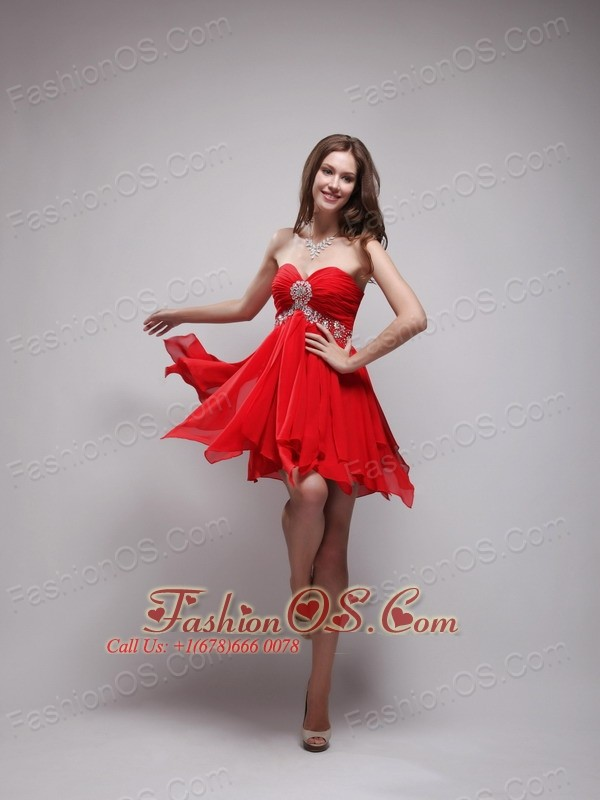 Red Empire Sweetheart Neck Mini-length Chiffon Beading Prom / Homecoming Dress