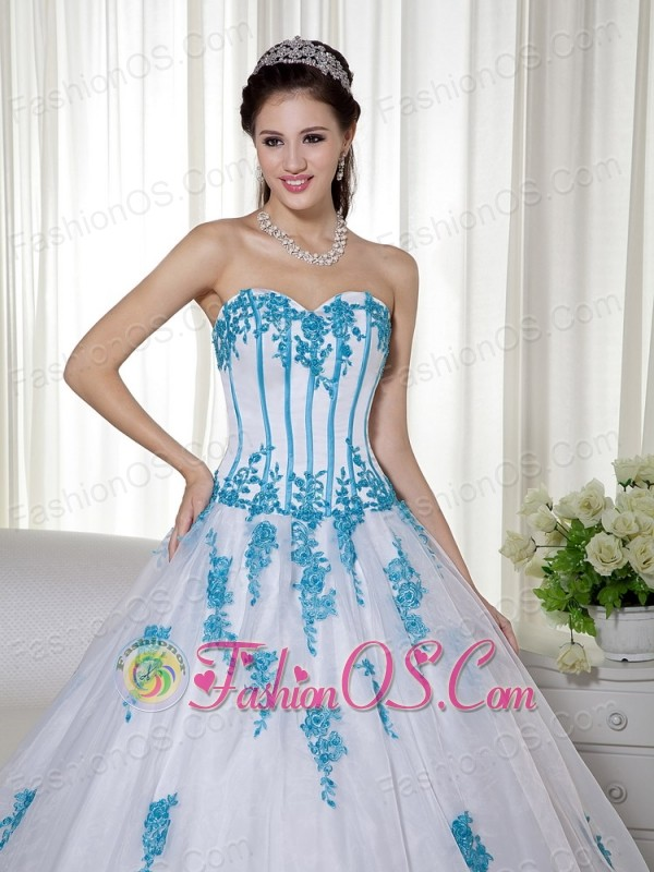 White Ball Gown Sweetheart Floor-length Taffeta and Organza Appliques Quinceanera Dress