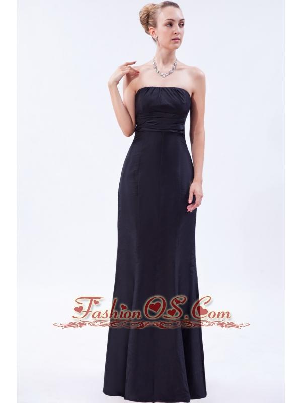 Navy Blue Column Strapless Floor-length Satin Ruch Bridesmaid Dress
