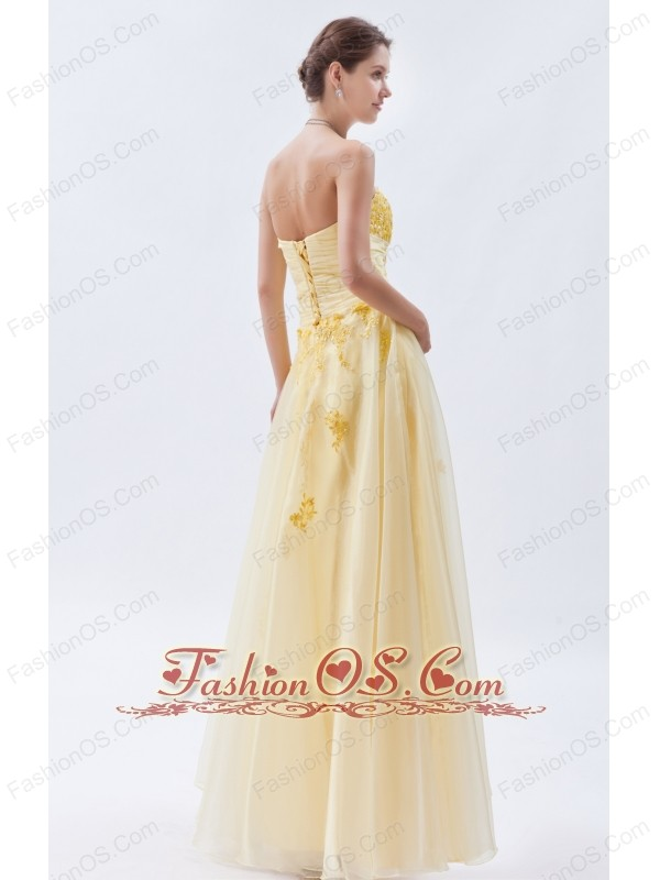 Light Yellow A-line / Princess Sweetheart Prom Dress Embroidery Tulle Floor-length