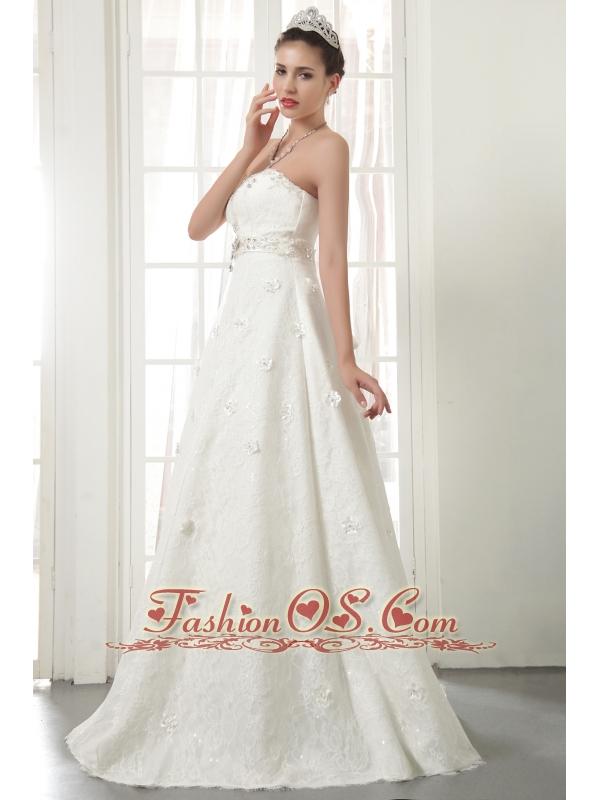 Beautiful A-Line / Princess Strapless Floor-length Lace Beading Wedding Dress