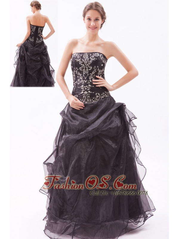 Black A-line / Princess Strapless Prom Dress Organza Beading Floor-length