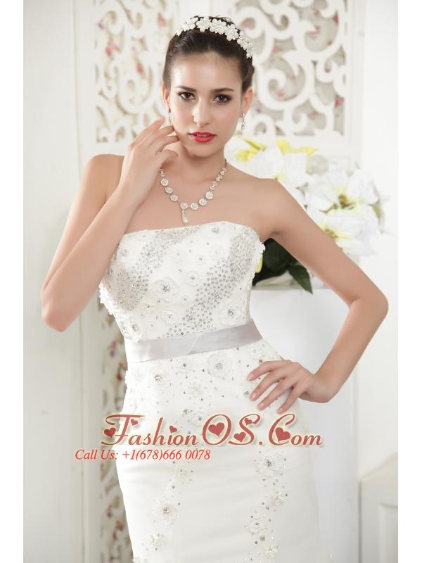 Exquisite Mermaid Strapless Court Train Tulle Beading Wedding Dress